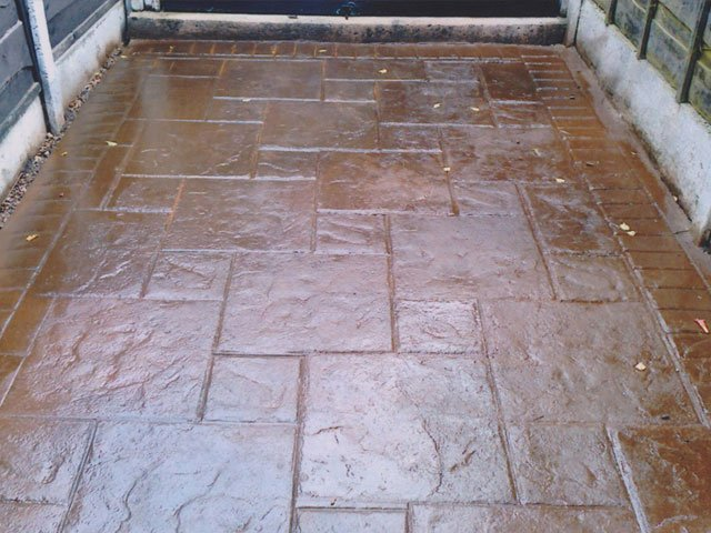 lowthers driveways drives maintenance repair cleaning clean repairing recolour maintain restore restoration imprint imprinting concrete cheshire chester crewe ellesmere port macclesfield northwich runcorn warrington widness wilmslow winsford merseyside bebington birkenhead bromborough heswall hoylake moreton wallasey west kirby wirral liverpool